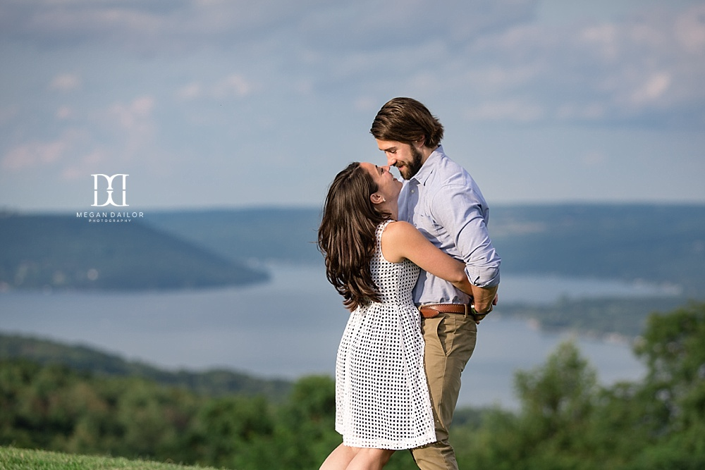 finger lakes engagement photos